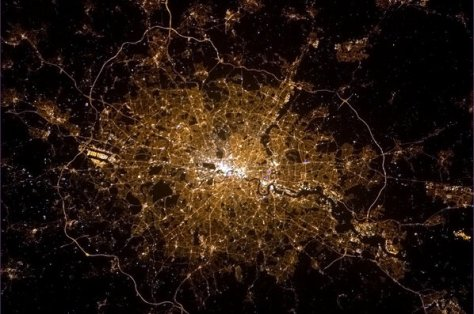 London from ISS (c) Chris Hadfield 5feb2013 (obtained from his tweet)