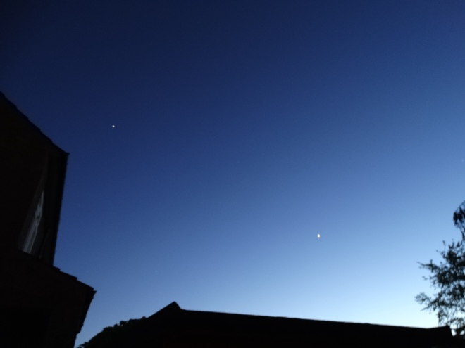 Jupiter & Venus  in Western sky at 21:33hrs