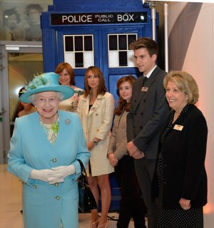 HER MAJESTY THE QUEEN OPENED THE NEW BBC BROADCASTING HOUSE, LONDON ON 7TH JUNE 2013 PICTURE ARTHUR EDWARDS